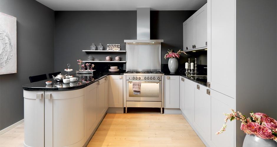 Foto 39 s landelijke keukens voortman badkamers keukens tegels in pesse - Keukens fotos ...