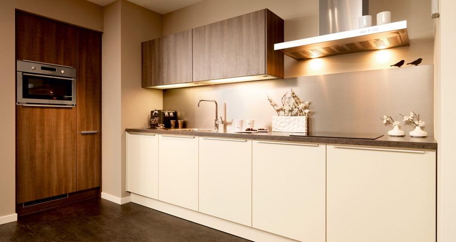 Foto's moderne keukens   voortman badkamers, keukens & tegels in pesse