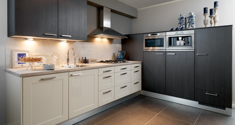 Eiken Keuken Wit Maken : Foto s moderne keukens Voortman Badkamers, Keukens